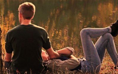 Eine glückliche Beziehung – 8 Tipps & was wirklich zählt
